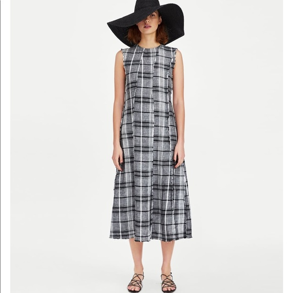 892247bf77 NWT Zara Black   White Check Linen Dress Small